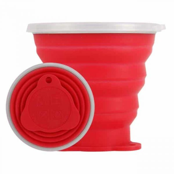 Red collapsible silicone cup