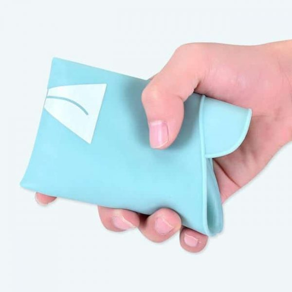 foldable silicone bibs
