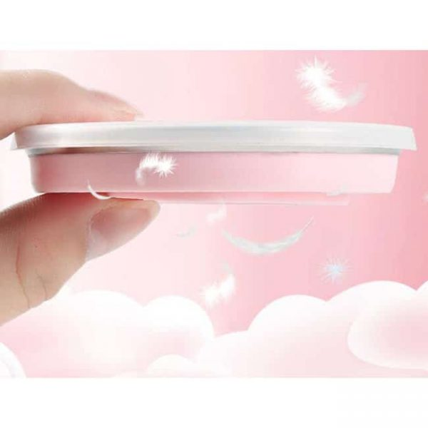 Thin collapsible silicone cup