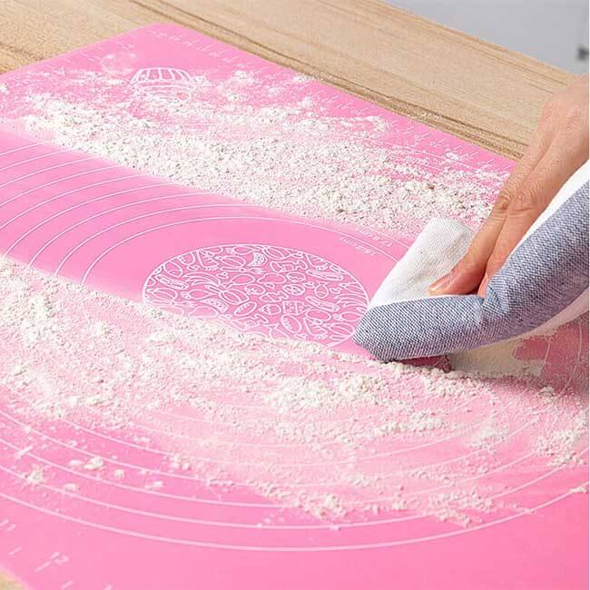 Easy to clean silicone mat