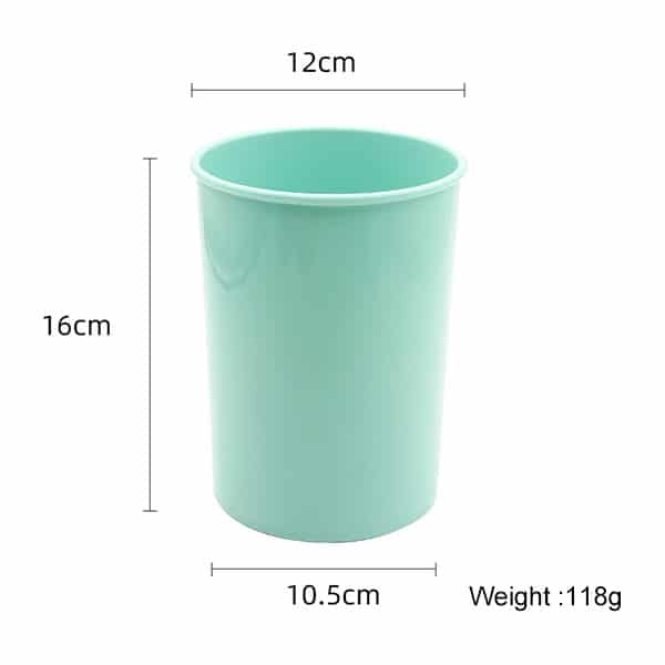 Silicone kitchenware cup