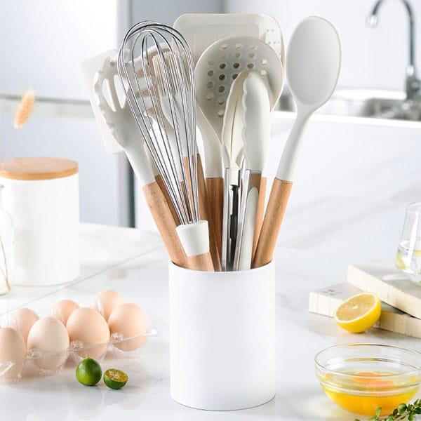 Khaki wooden handle silicone kitchen utensils
