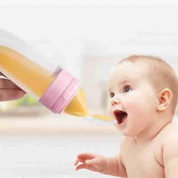 Baby food feeder squeeze cereal bottle